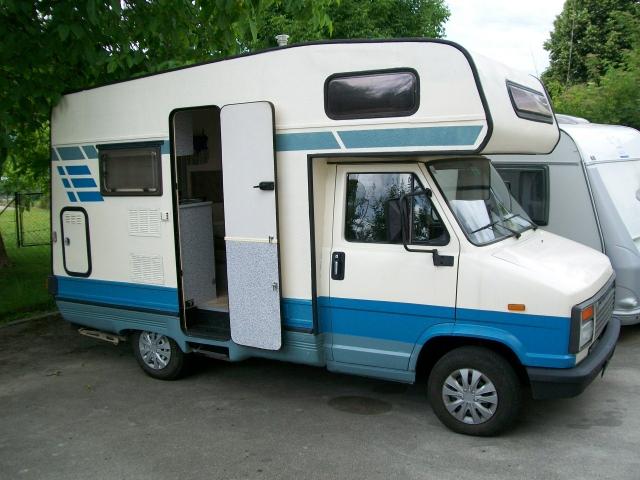 gebrauchte fahrzeuge egal ob wohnwagen oder wohnmobil caravan schurian. Black Bedroom Furniture Sets. Home Design Ideas
